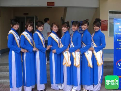ao-dai-le-tan-xanh-duong-An-Tuong-Ha-1_compressed