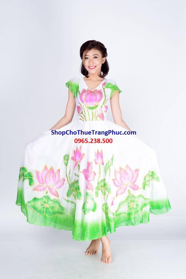 trang-phuc-mua-sen-An-Tuong-Ha_compressed